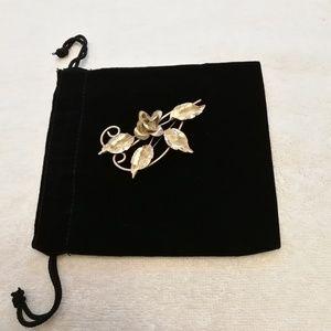 Silver floral brooch, Vintage 1930s